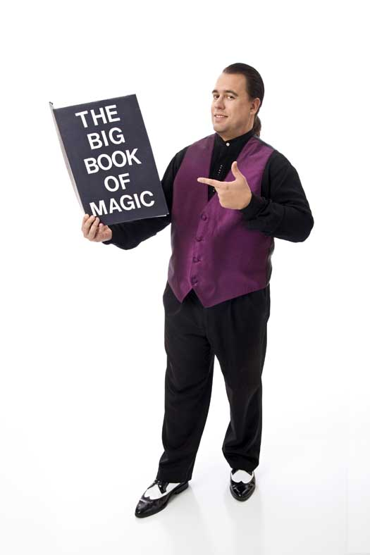 New Jersey Magician Mark H. Wurst Makes Family Event Exciting, Fun & UNFORGETTABLE...GUARANTEED!