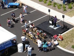 Corporate Entertainment At It's Best - Mark Wurst Performs At a PNC Bank Grand Opening